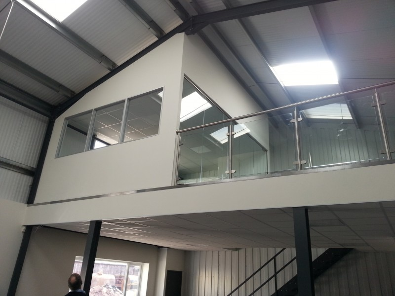 Frameless Glass Partitioning Fully Glass Partitions